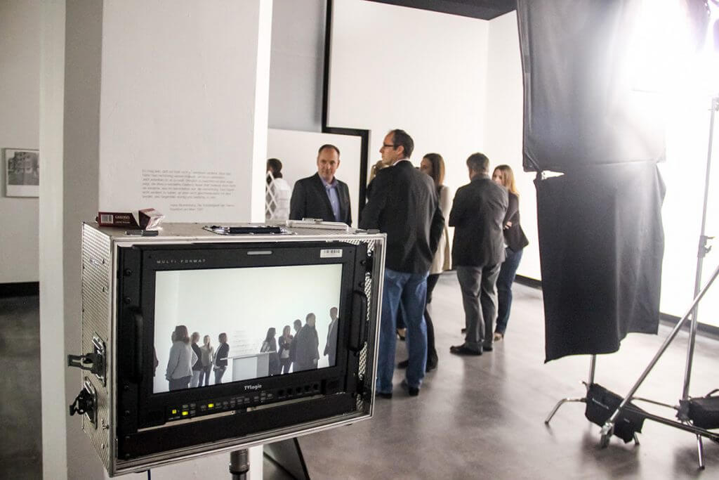 19_behind_the_scenes_play_by_synektar_b2b_agentur_muenchen